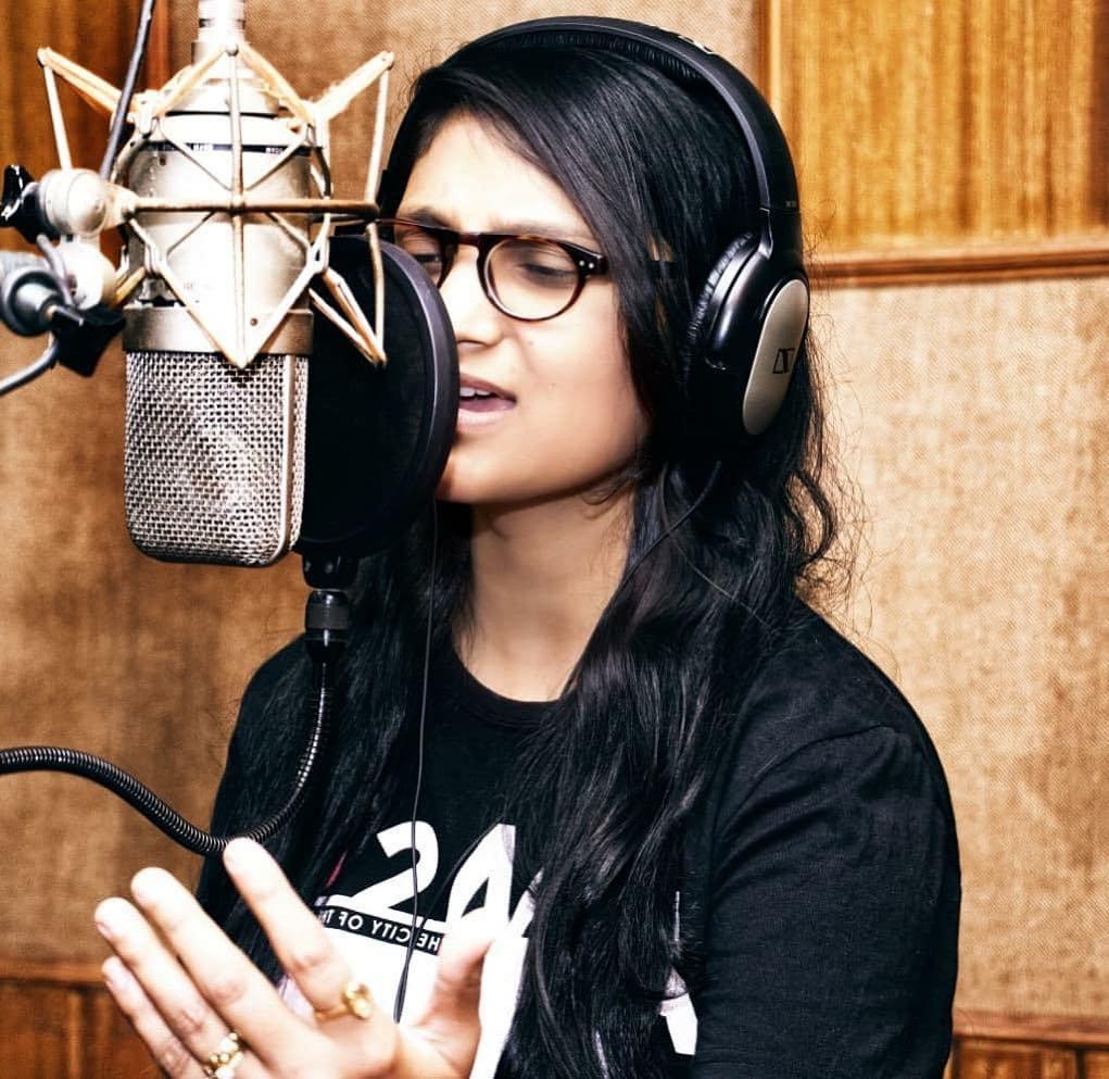 Priyanka Singh Bhojpuri Singer Images - starwikibio