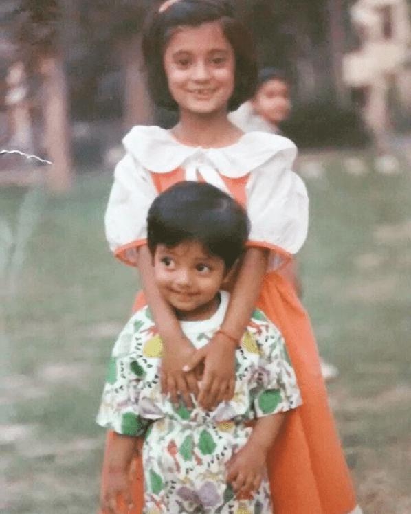 aakash gupta sister childhood