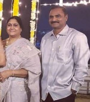 sneha reddy father mother