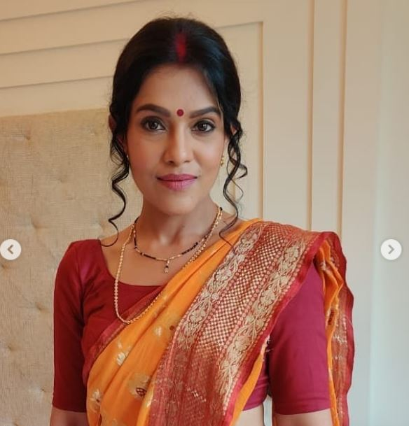 trishna mukherjee in bangali look  crime pertrol image